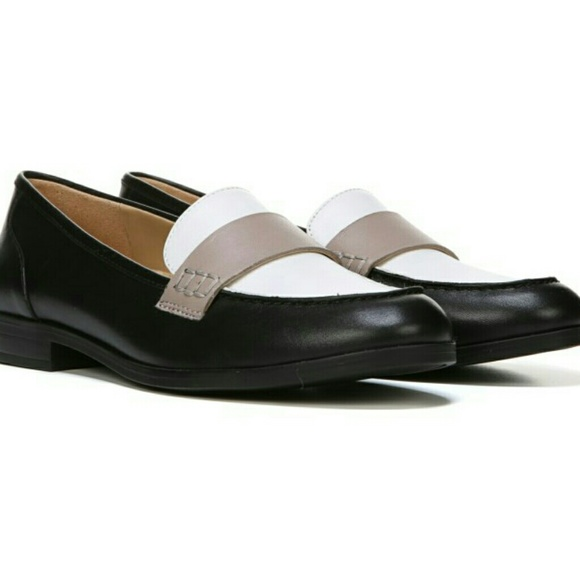 db19f8754e8 Naturalizer Veronica Leather Slip On Loafers